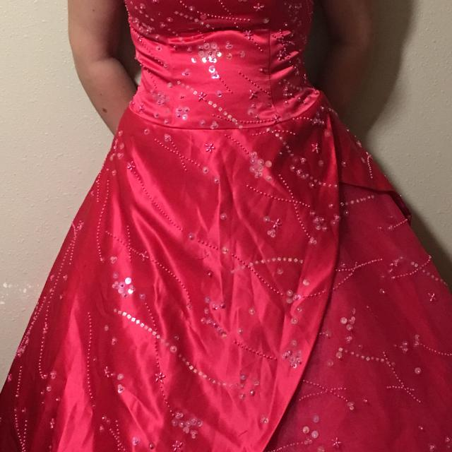 Best Prom Dress for sale in Appleton, Wisconsin for 2018