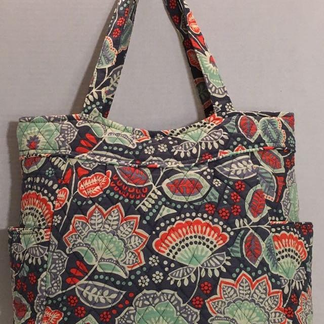 35d6dbf890c15a Find more *new Vera Bradley Pleated Tote Retail $68 for sale at up ...