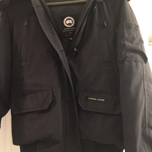 Find more Authentic Canada Goose Women s Size Medium for sale at up ... 84a7175bb1