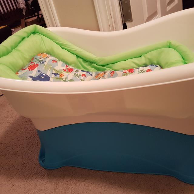 Best Baby Bath Tub for sale in Beaumont, Alberta for 2018