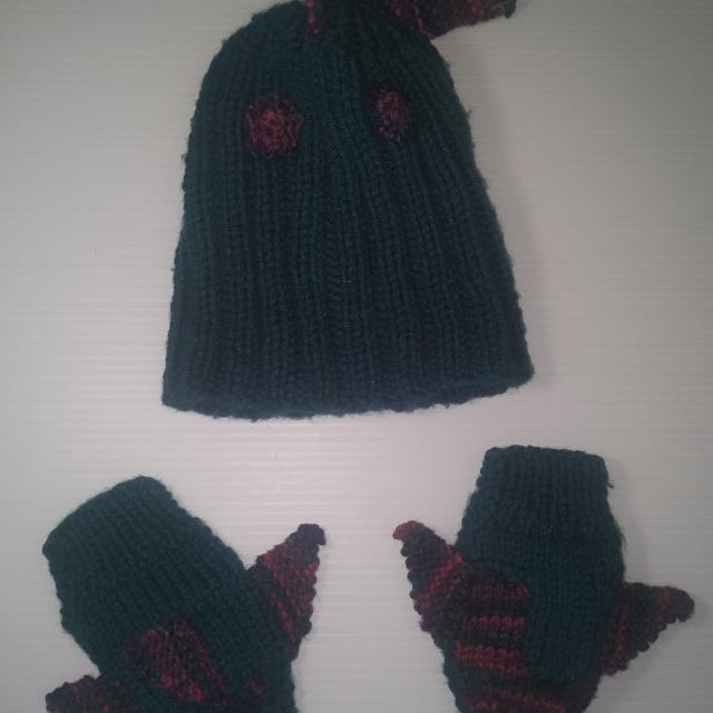 6d87f7fcab4 Best Cute Baby Hand Knit Fish Hat And Gloves Set for sale in Victoria