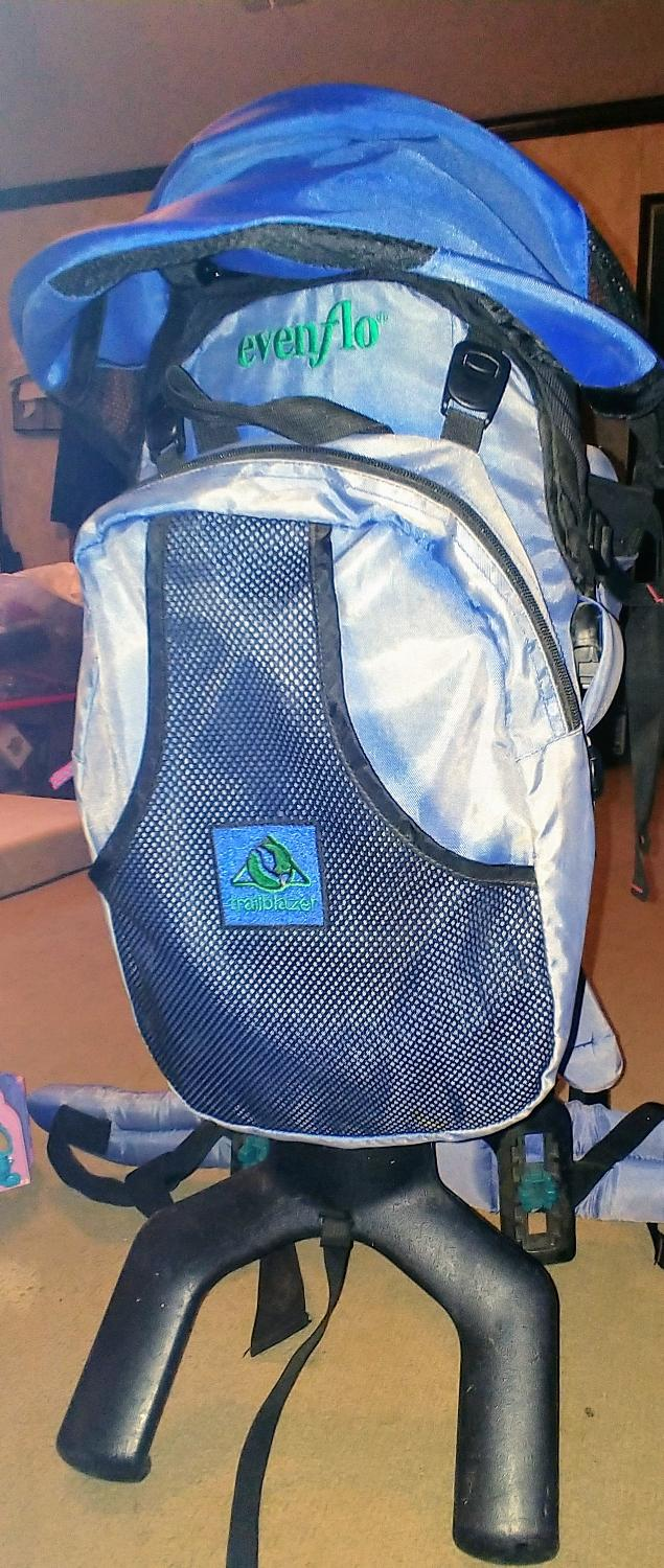 c61cbbb1101 Evenflo Hiking Backpack Recall
