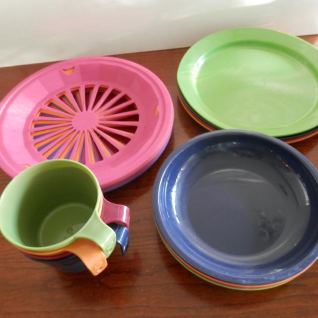Best Plastic Plates, Bowls, Cups & Paper Plate Holders for sale in ...