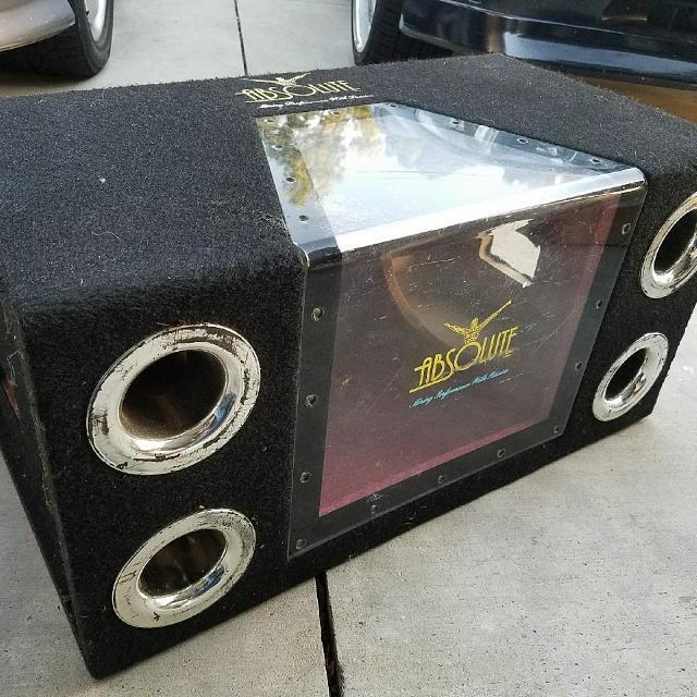 Plexiglass dual sub woofer box