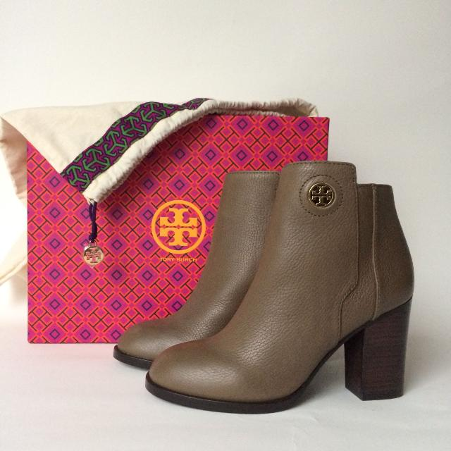 dc9a282eac7c Best Tory Burch Junction Bootie for sale in Scarborough