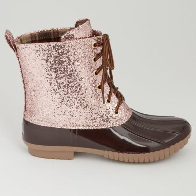 526ec67f86a7 Find more Rose Gold Glitter Duck Boot- New In Box for sale at up to ...