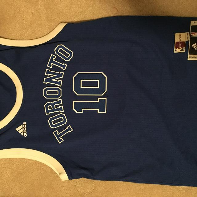 Find more Demar Derozan Husky Jersey Size Small for sale at up to 90 ... 62ad9bfe0