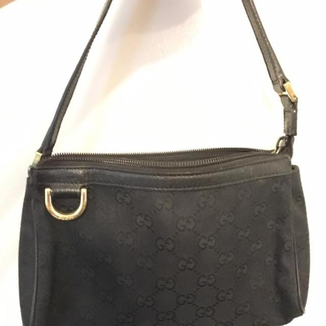 a8e223dd2a8f Find more Small Gucci Purse for sale at up to 90% off