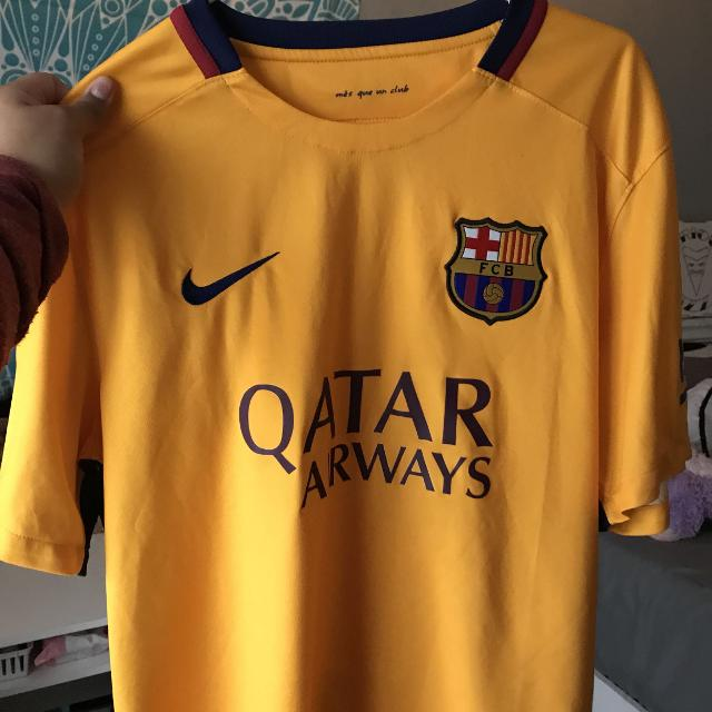 the latest 86fb3 e725d FC Barcelona Jersey