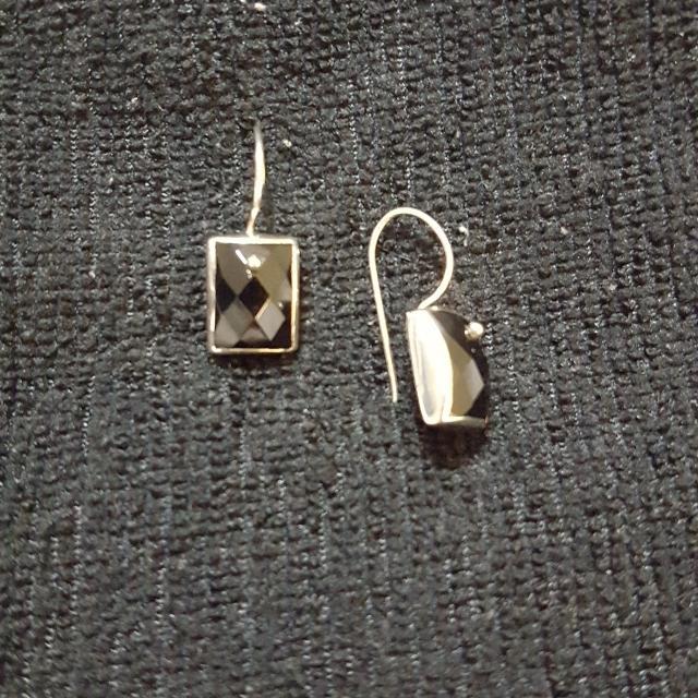 Silpada 095 Sterling Silver Black Onyx Earrings