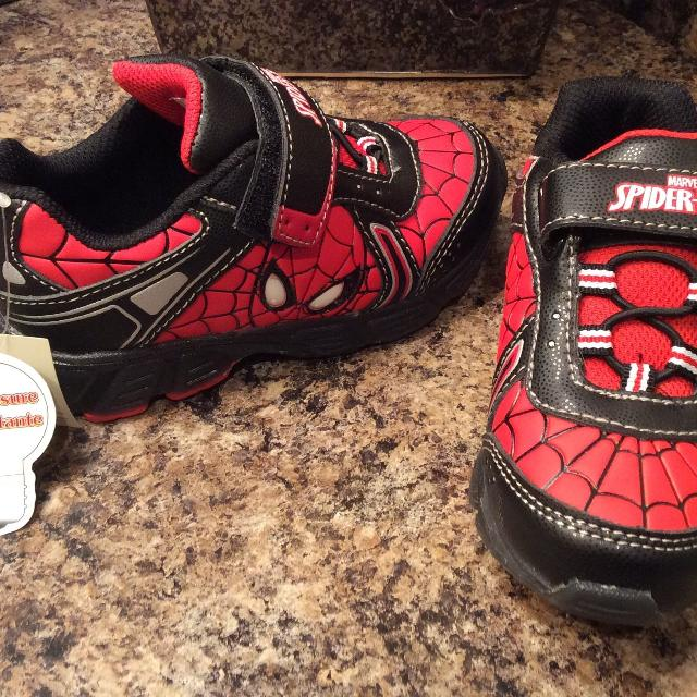 Best Spiderman Boy s Running Shoes ( These Shoes Light Up )  for sale in  Calgary 267aaef727e8