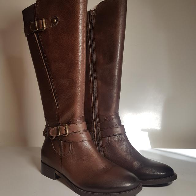 156012f10e34 Best Brand New Arturo Chiang Women s Boots for sale in Oshawa ...
