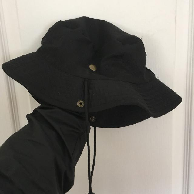 Best Black Bucket Hat for sale in Montréal e99a9fd68d0