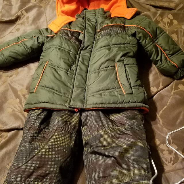 8550c66f2 Best Boys Winter Coat And Snow Bibs for sale in Spring Hill, Tennessee for  2019