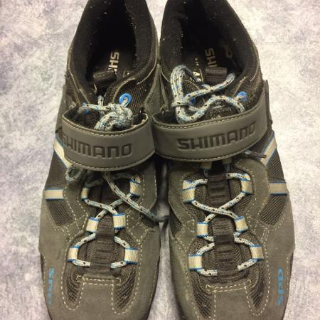 Shimano clip-in cycling shoes 9.5 for sale  Canada