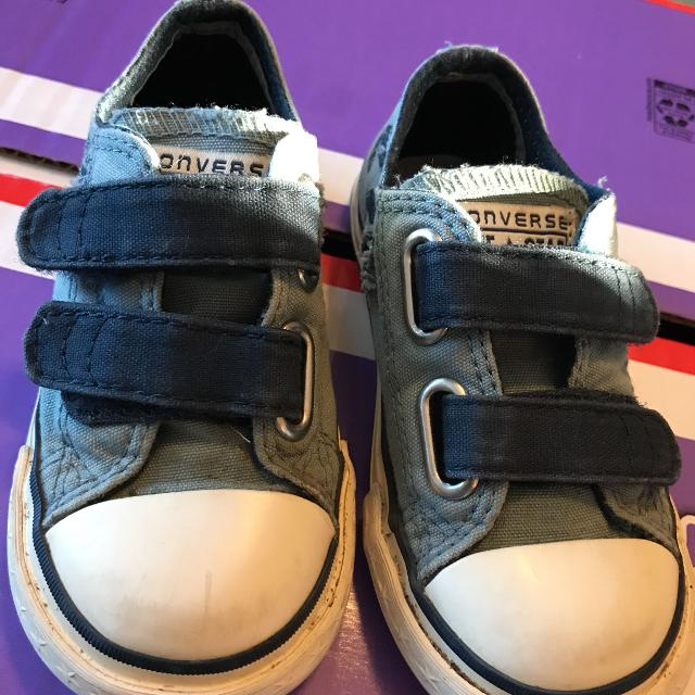 5153466644d9f2 Find more Converse Toddler Boys Size 7 Dinosaur Shoes