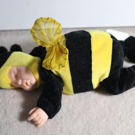 Anne Geddes bean bag doll bumble bee, used for sale  Canada