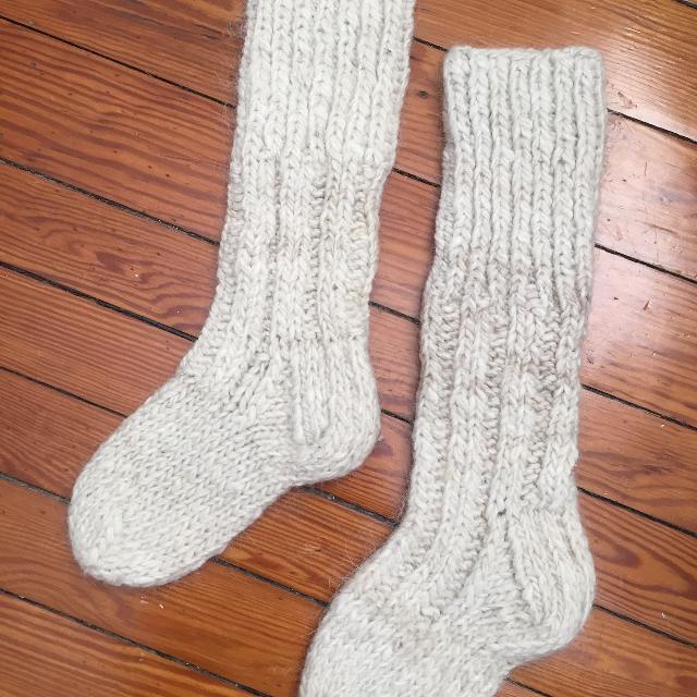 Cream woolen socks