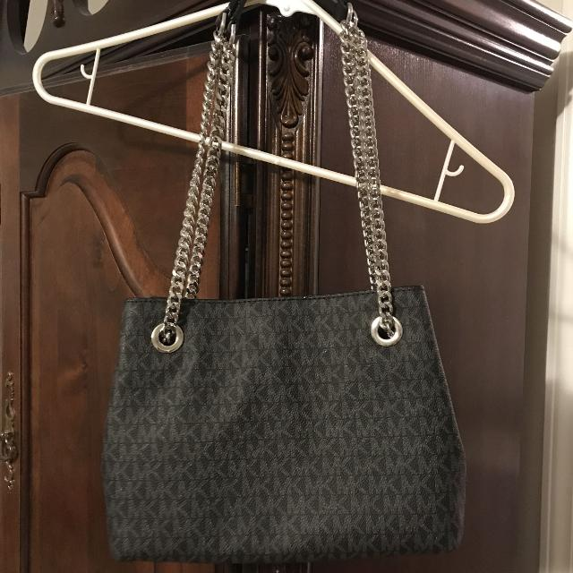 3b7842ddbc80 Find more Authentic Michael Kors Purse !! Brand New Without Tags ...