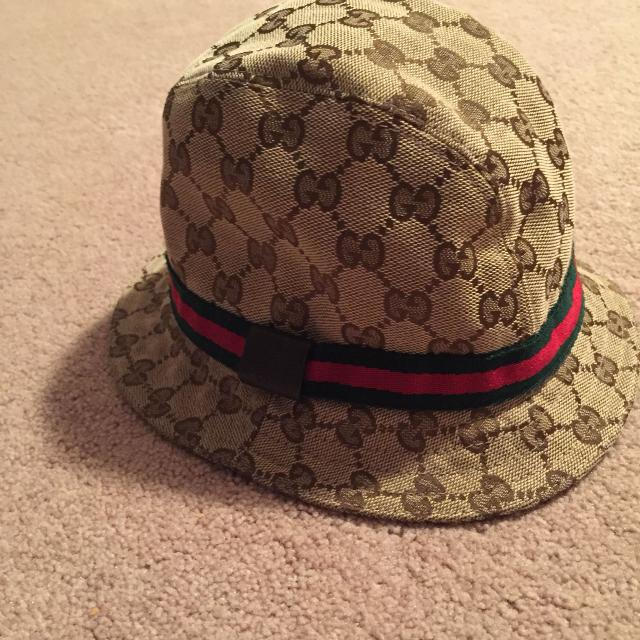 ed6e8c1ab1d Find more Gucci Children Hat for sale at up to 90% off