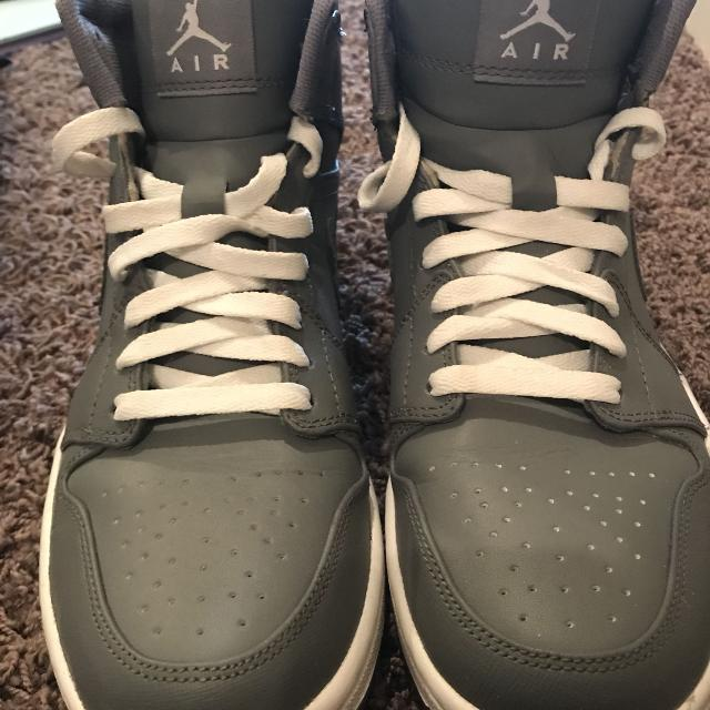 7ac4aedfe81 Best Nike Air Jordan 1 Mid Men s Shoes Size 9 for sale in Peoria ...