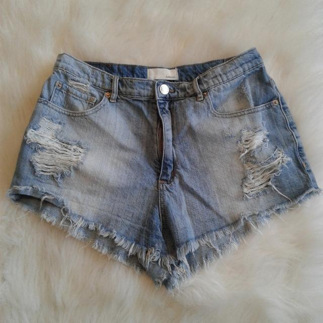 dc1849e8b8 Find more High Waist Mom Jean Shorts. Garage. 9. No Holds for sale ...