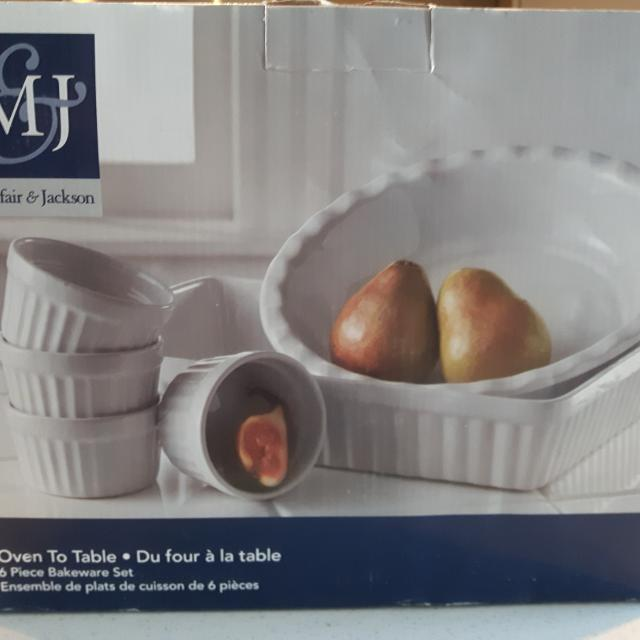 Oven To Table Bakeware Set Nib