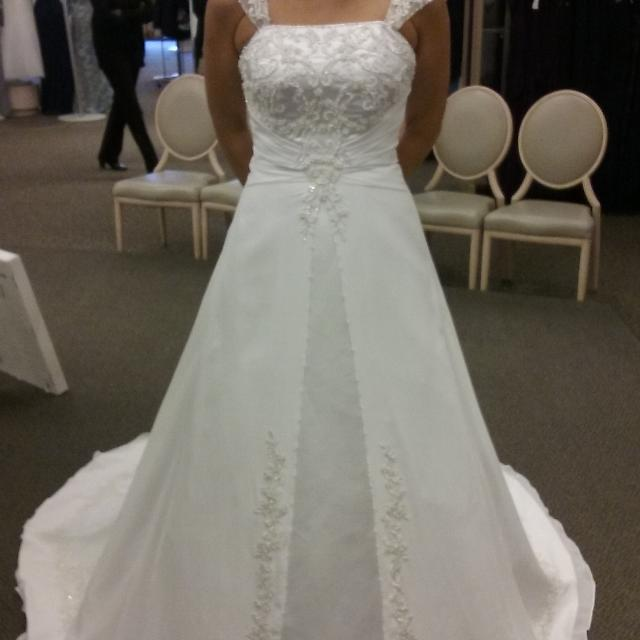Best Wedding Gown-david\'s Bridal (brand New-tags Attached) Comes ...
