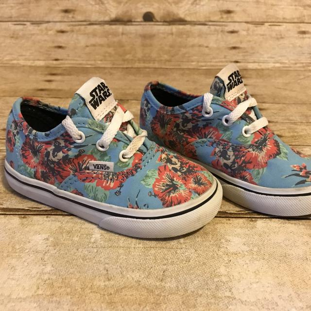 dd08a61fdad23a Find more Vans Star Wars Yoda Hibiscus Toddler Girl Shoes Sz 6.5 for ...