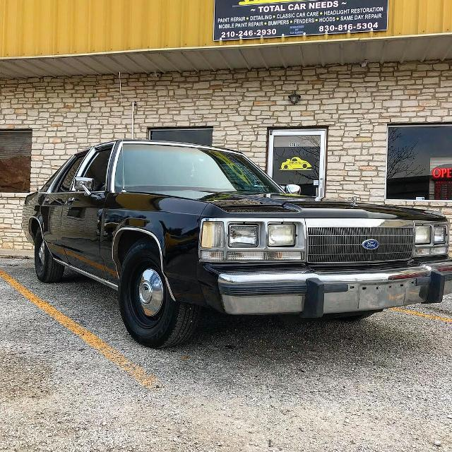 best 1990 ford crown victoria for sale in stone oak texas. Black Bedroom Furniture Sets. Home Design Ideas