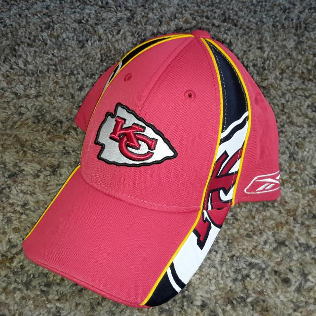 Find more Reebok Kc Chiefs Nfl Adult Size Ball Cap Hat for sale at ... 14489f0f2a0