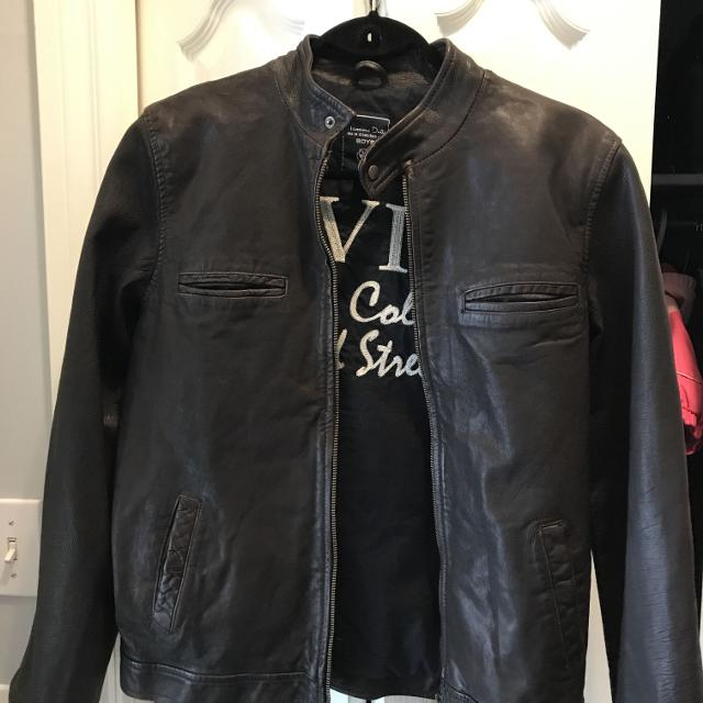 best place for buy cheap top-rated original Massimo Dutti leather boys jacket. Size 13/14 year old.