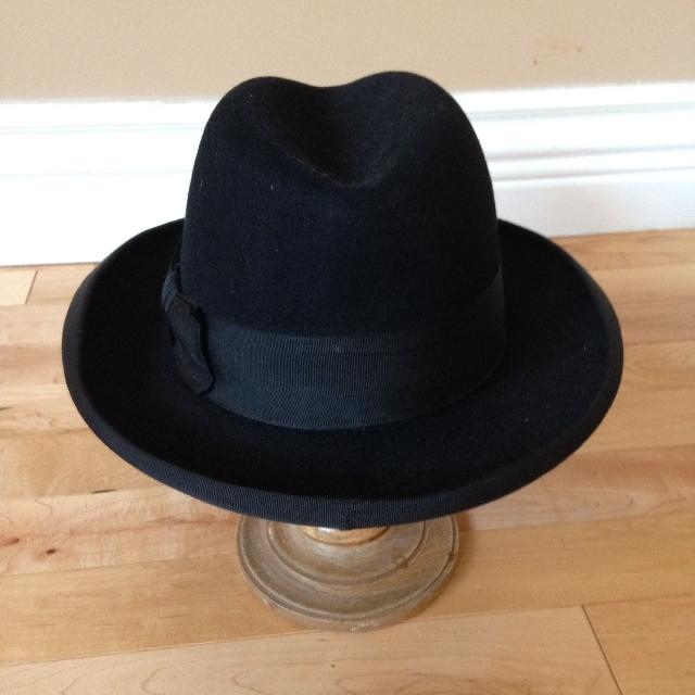 74c046822 Men's Dress Hat - size small (6 3/4 to 6 7/