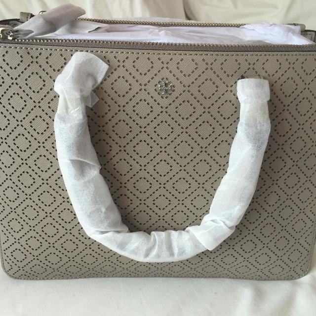 28d4b416d9f Best Tory Burch Mini Robinson Double Zip! for sale in Etobicoke ...