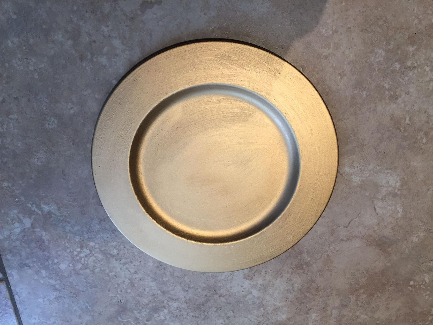 Best Gold Metal 10inch Charger Plate For Sale In Mississauga