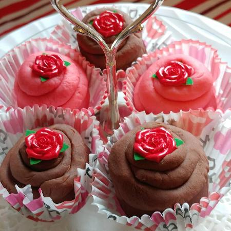 Used, Valentine Play dough cupcakes for sale  Canada