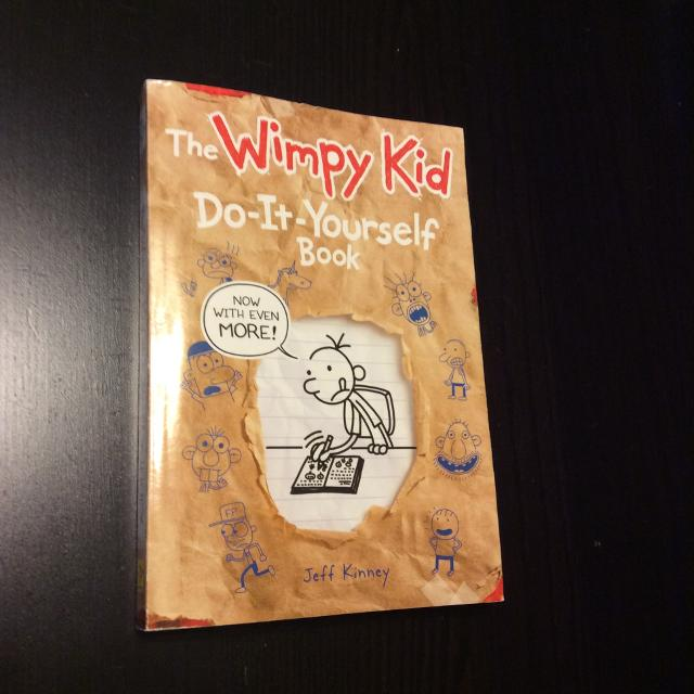 Best the wimpy kid do it yourself book read copy jeff kinney the wimpy kid do it yourself book read copy jeff kinney solutioingenieria Gallery