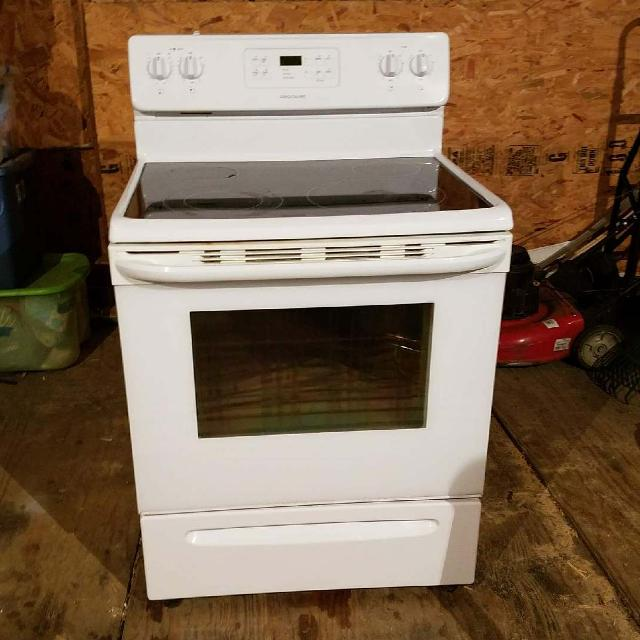 Frigidaire Gl Top Electric Stove