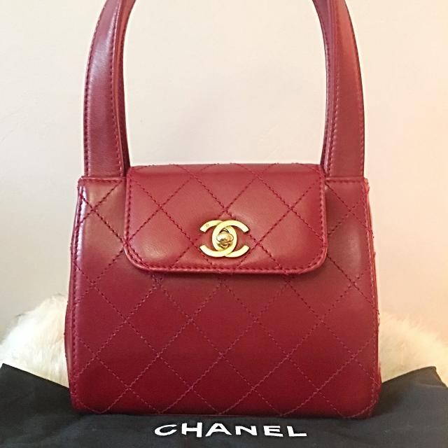 37e92afb20c9 Find more Authentic Vintage Chanel Top Handle Bag (circa 1996-97 ...
