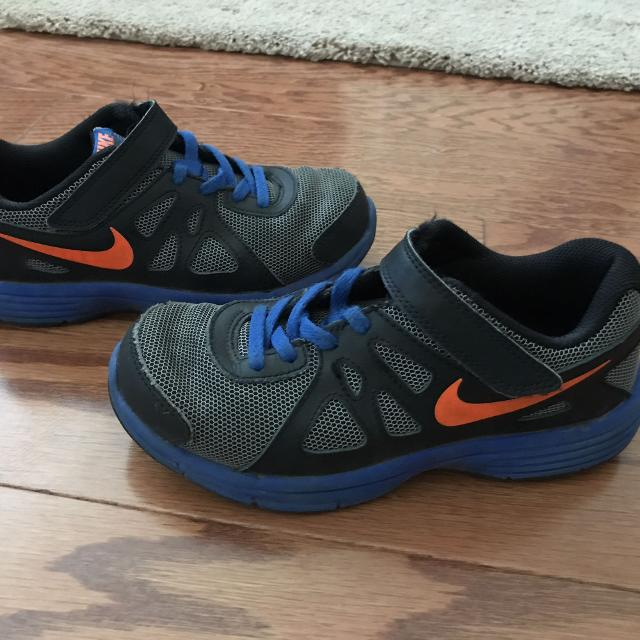 Nike Sz 2y Gently Would Be A Great Play Shoe Never