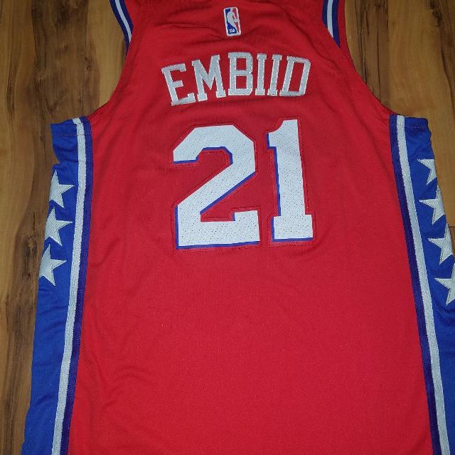 super popular f07cd 092a4 Philadelphia 76ers Basketball Joel Embiid Jersey #21 Size Red Large
