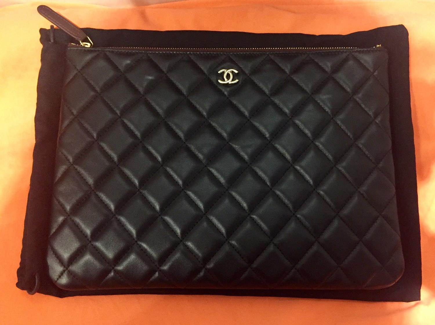 72c79cbbfac1 Find more Authentic Brand New Chanel Clutch   Purse for sale at up ...