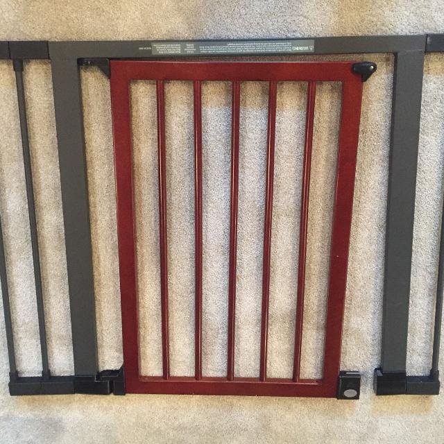Find More Baby Gate For Sale At Up To 90 Off Calgary Ab