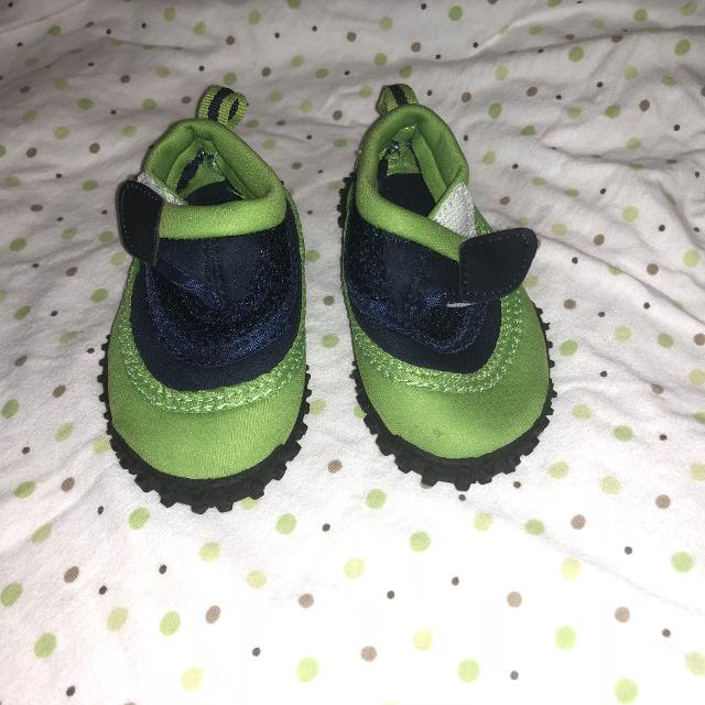 a15a46da736e Find more New Water Shoes Baby Size 4 5 for sale at up to 90% off