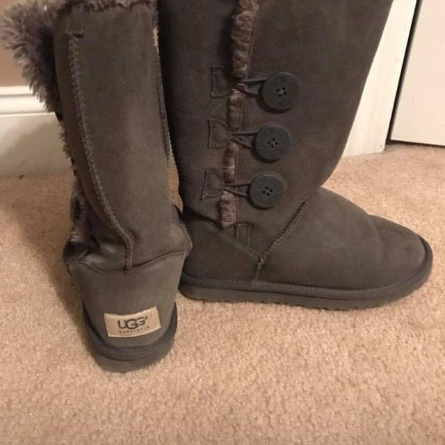 d63e20f69a2 UGG Australia TALL~Bailey Button~Chocolate Brown Boots~Size 7~EUC!!  Perfect!! Brown