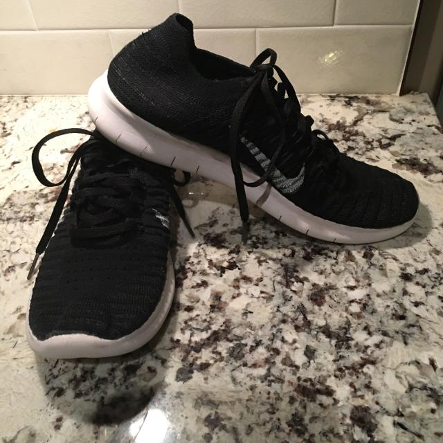 400d7fba27ed Find more Men s Size 7 Nike Free Rn Flyknit Runners for sale at up ...