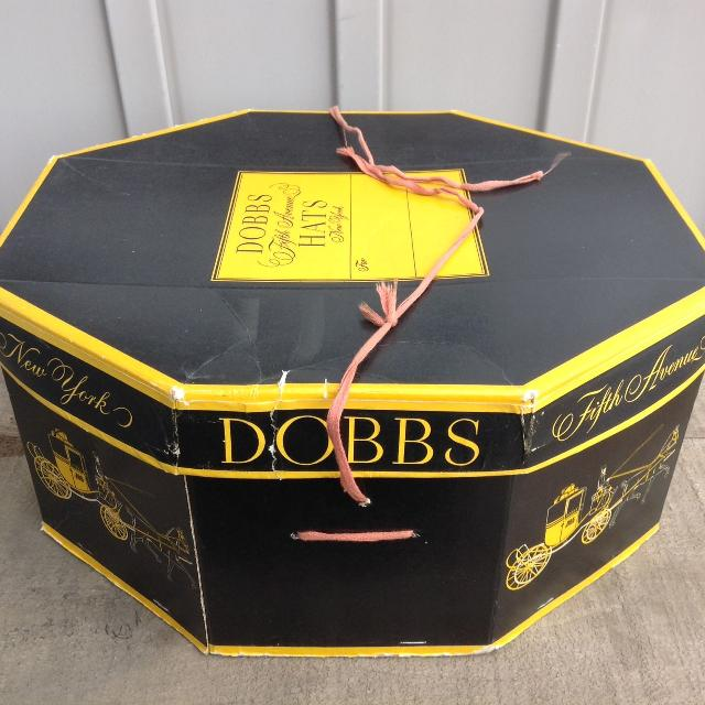 Best Vintage 1950s 60s Dobbs Fifth Avenue Hat Box for sale in Stouffville d176b0a43c3