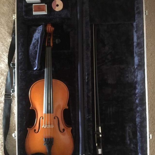 best wm lewis son full size violin bow case reduced again for sale in hendersonville. Black Bedroom Furniture Sets. Home Design Ideas