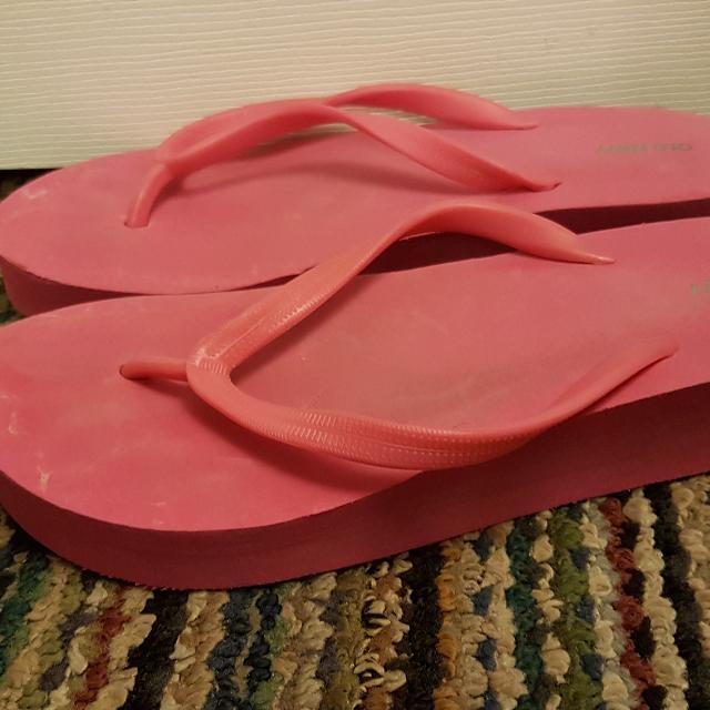 771499490c4 Best Old Navy Pink Flip Flops. Size 8. for sale in Etobicoke ...