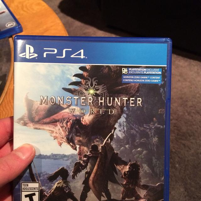 Monster Hunter world (Opened)PS4